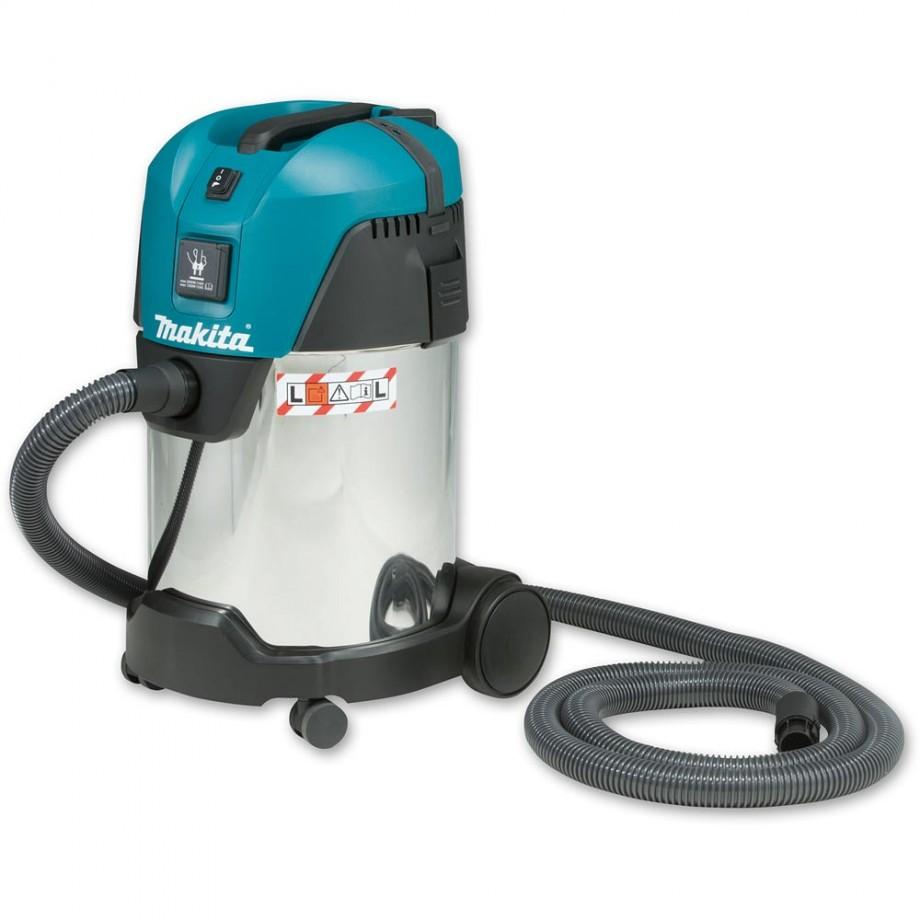 Makita VC3011L Wet & Dry Vacuum Extractor