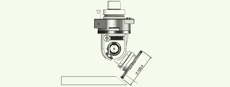 Manually adjustable swivelling aggregates